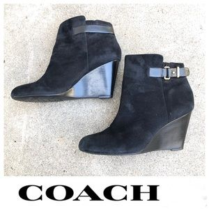 COACH Ambyr Suede Buckle Ankle Wedge Boots Sz 10
